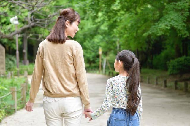 ミラドライは切らずに治療できるため、お子様の治療でも安心です。